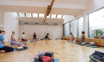 Yoga Garden: Workshop – What is Yoga?