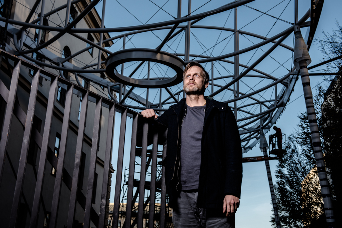 featured-image-alt-text